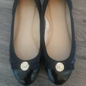 Michael Kors Womens Flat Shoes